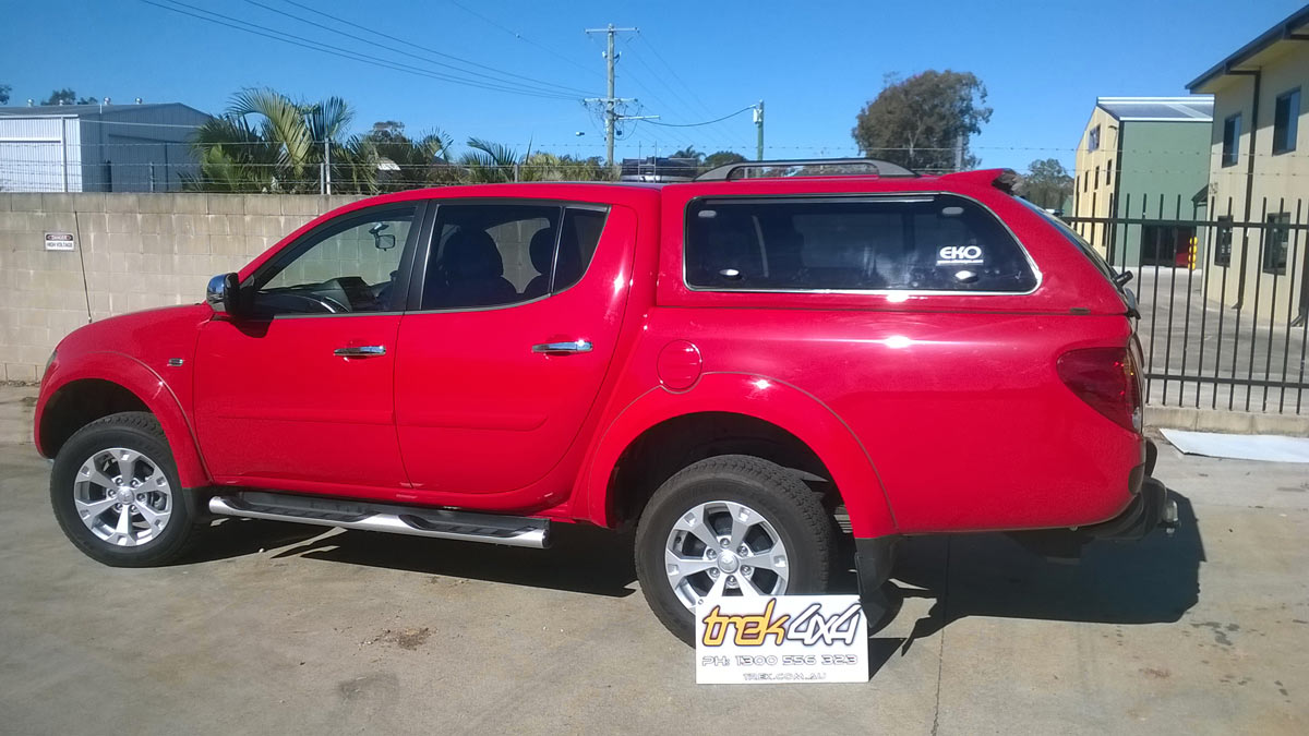 Mitsubishi TRITON MN in R59 RED and EKO Canopy