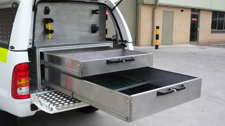 Toyota-Hilux---Workstyle-Canopy-'double-drawer-system'