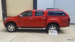 Isuzu D max EKO canopy in 546 Venitian Red left