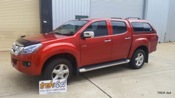 Isuzu D max EKO canopy in 546 Venitian Red side front