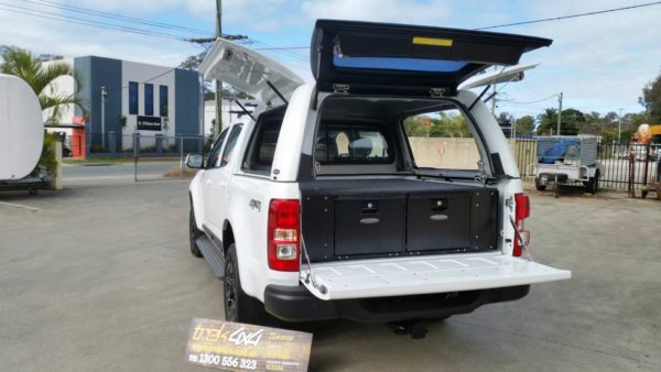 Holden Colorado RG 2012 rear view with drawers