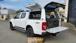 Holden Colorado RG 2012 with twin drawers