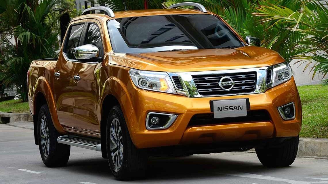 Nissan Navara 2015 NP300 Frontier front