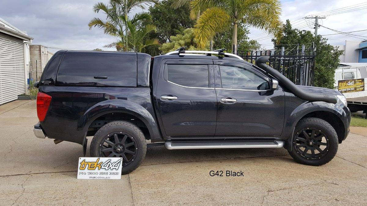 Nissan Navara NP300 with WORKSTYLE Canopy in black -Trek 4x4