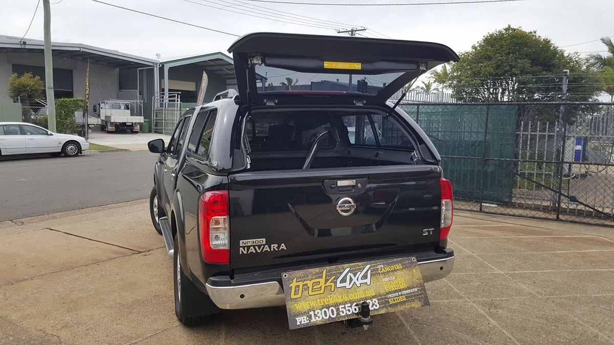Nissan ... & Nissan Navara NP300 2015+ Dual Cab Canopy