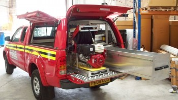 Hilux-XC-Fire-truck-with-workstyle-canopy