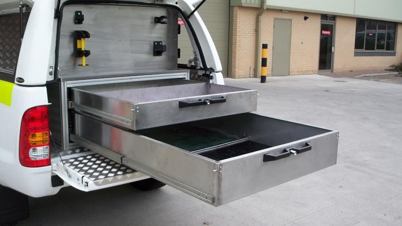Toyota Hilux – Workstyle Canopy 'double drawer system'
