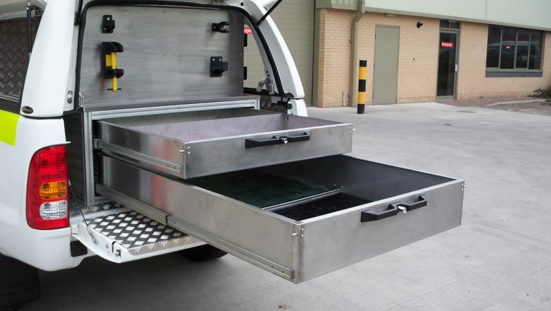 Toyota Hilux - Workstyle Canopy 'double drawer system'