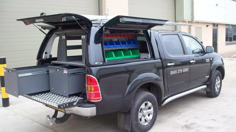 Toyota Hilux – Workstyle Canopy with 'drawer & shelve system'