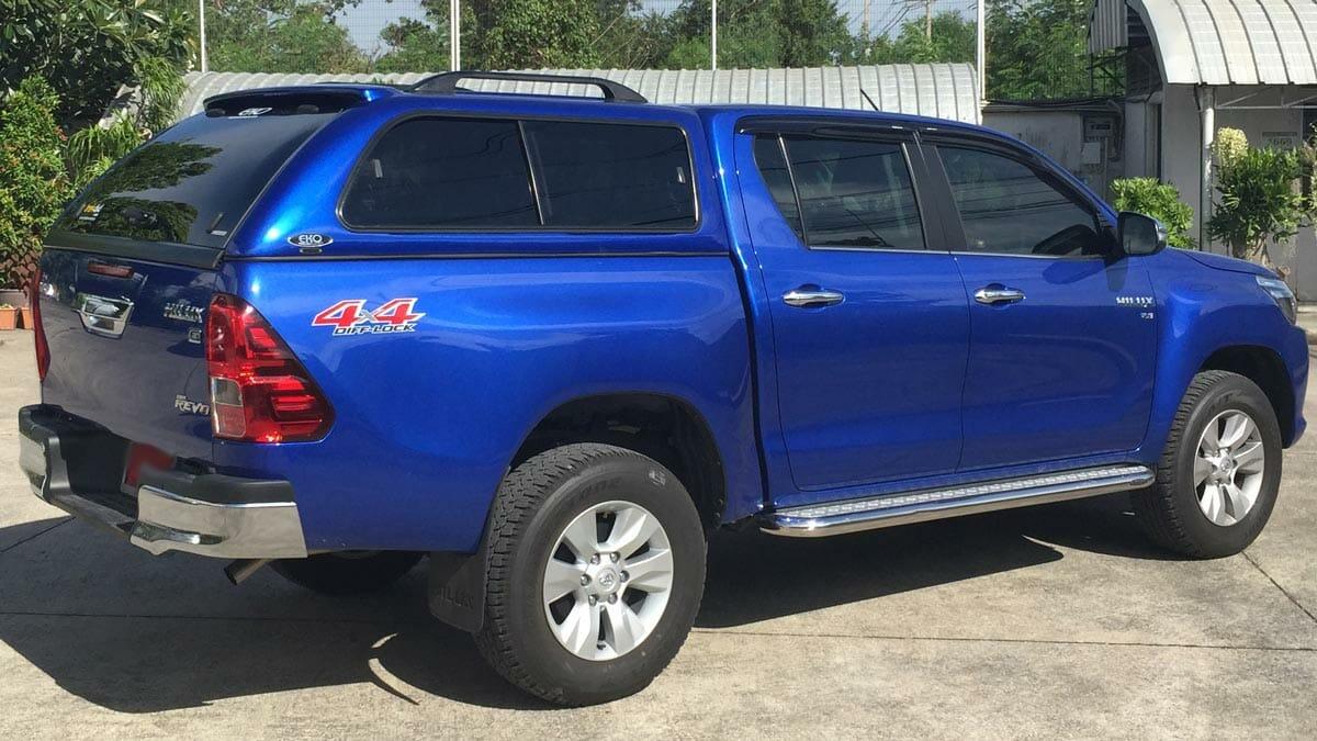 Toyota hilux with EKO canopy - Trek 4x4
