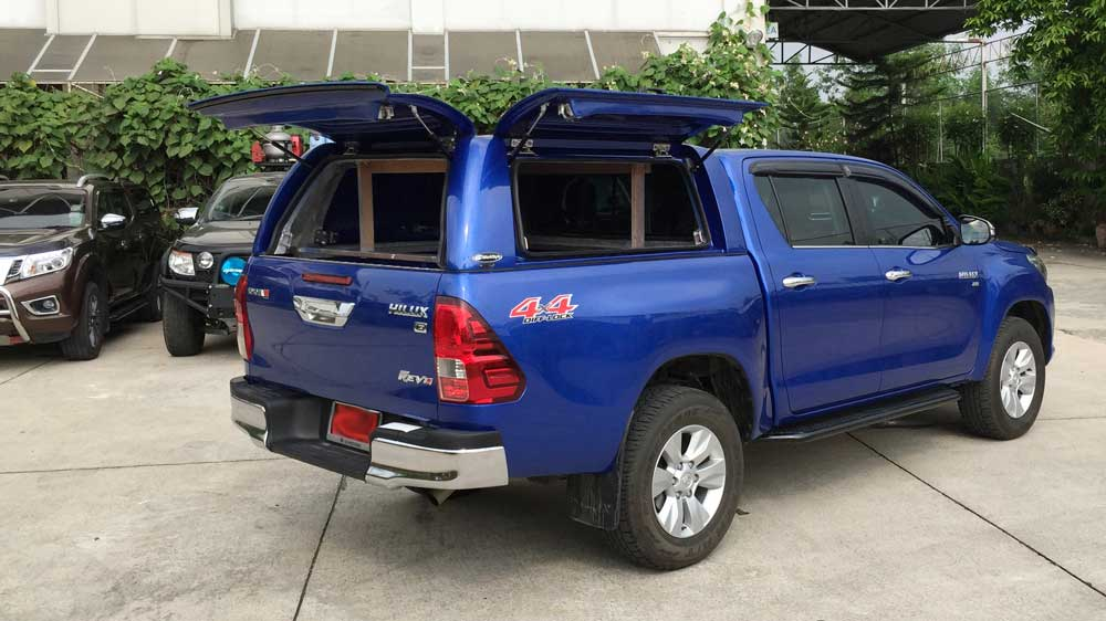 hilux 2016 with workstyle canopy - Open Canopy 2015