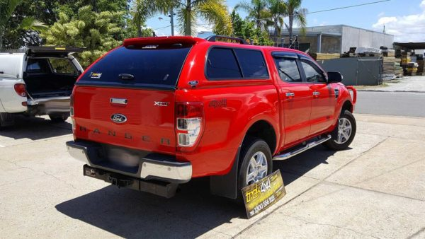 Ford Ranger PX2 with EKO canopy in A4A4 true red