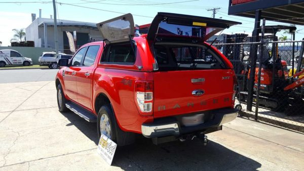 Ford Ranger PX2 with EKO canopy in A4A4 true red-trek4x4