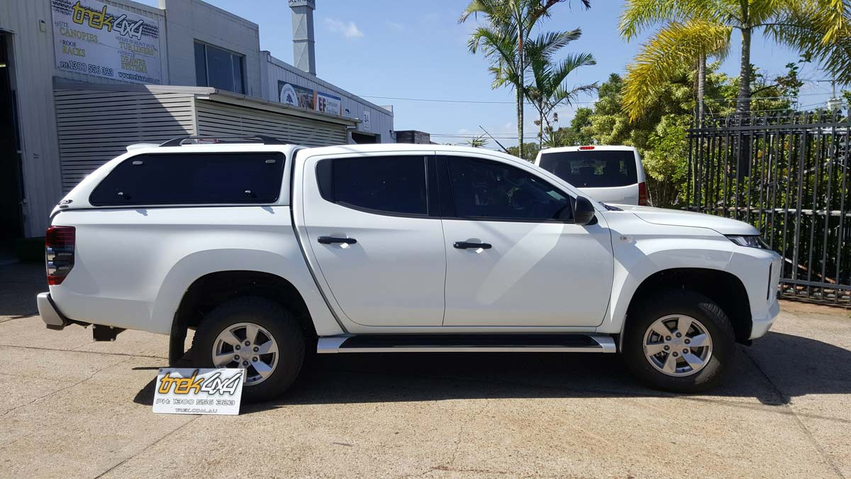 Mitsubishi Triton 2019 MR with our EKO canopy in W32 Polar White