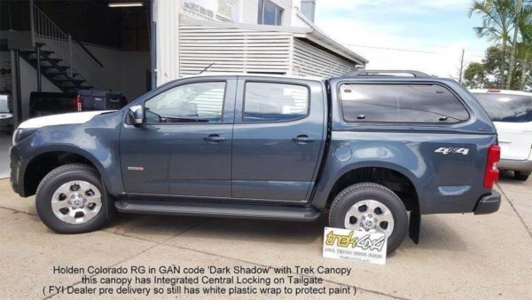 Holden Colorado RG in GAN code Dark SHadow and TREK Canopy