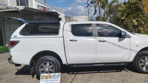 Mazda BT50 i - A2W Cool White withTrek 4x4 Canopy