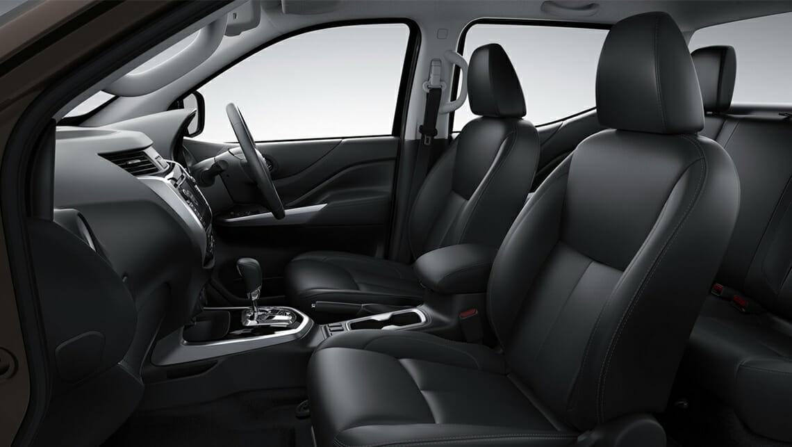Nissan-Navara-2015-NP300-interior.jpg