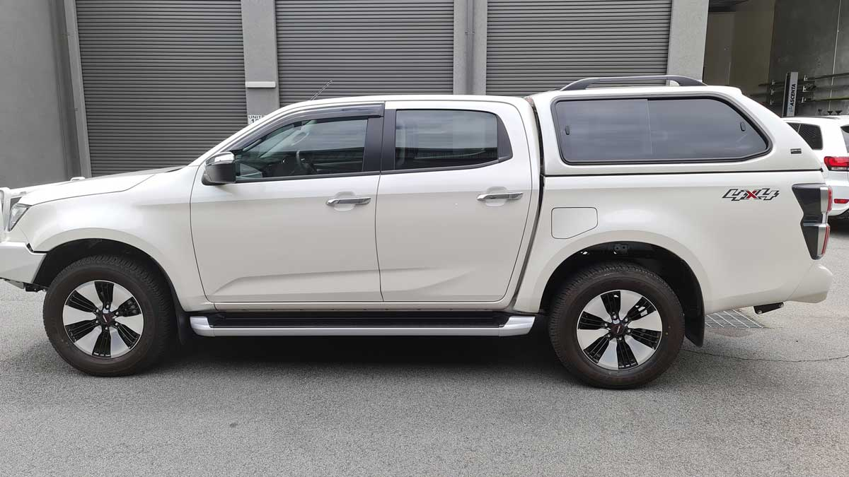 Isuzu D Max 2020+Current Model - TREK Canopy - Image 3